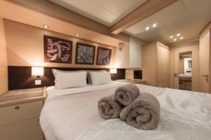 4-sailing-catamarans-charters-geece