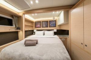 5-lagoon-560-boat-rents