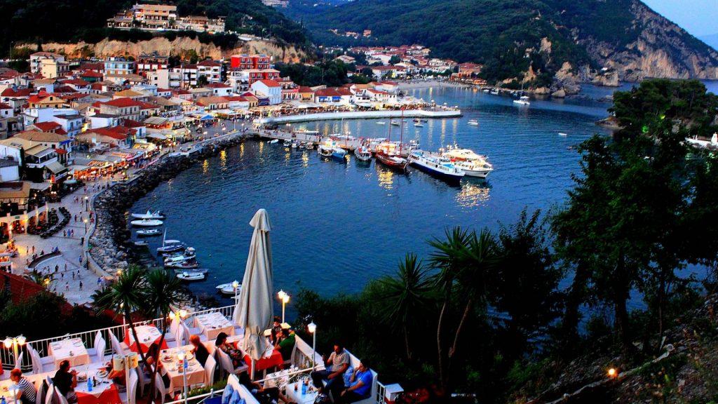 Parga-paxos-crewed-boat-trip-l