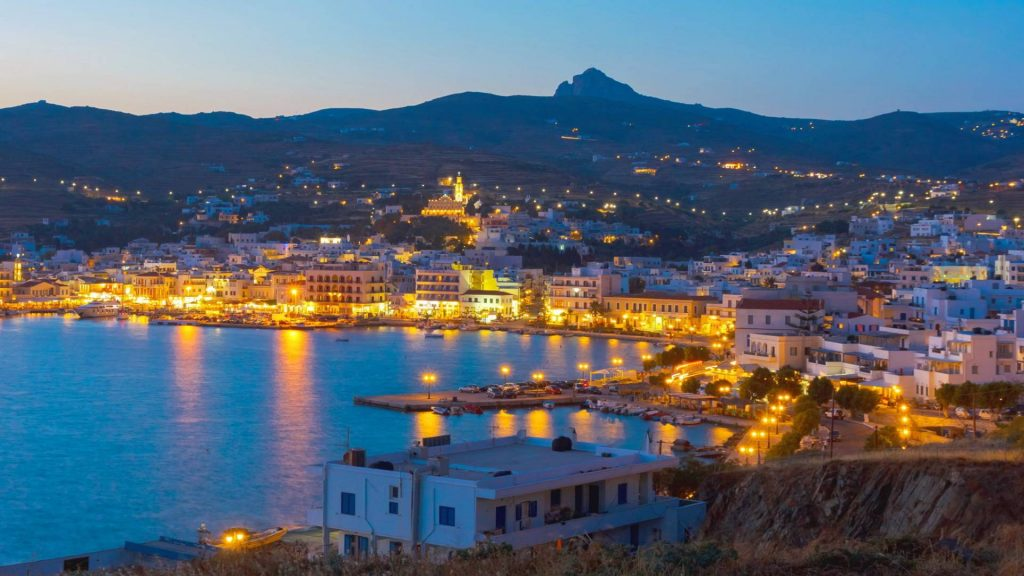 Tinos-luxury-yacht-sailing-trips-l