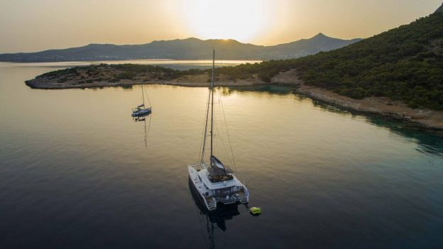 sailing-greece-cyclades-crewed-charters--l